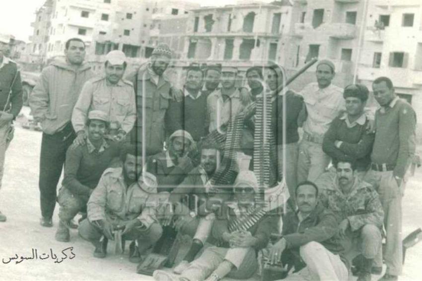 عمر طاهر يكتب : تعظيم سلام للسويس أثناء الحصار