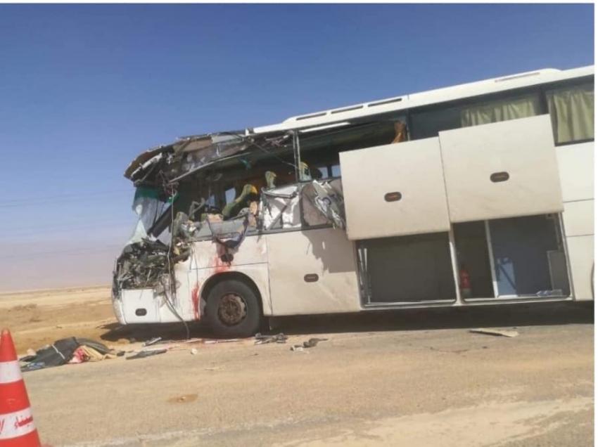 مصرع 3 وإصابة 19 فى حادث تصادم أتوبيسين بطريق طور سيناء - شرم الشيخ