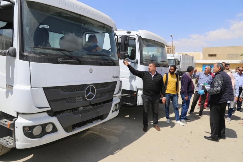 سيارات ومعدات جديدة لتدعيم منظومة النظافة باحياء السويس