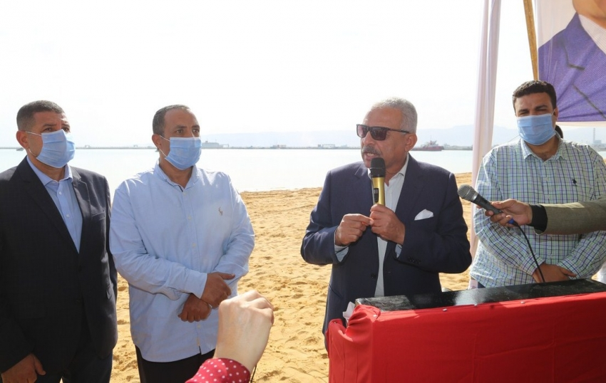 صقر يعلن انشاء شاطئ عام جديد للسوايسة بمنطقة الكورنيش الجديد