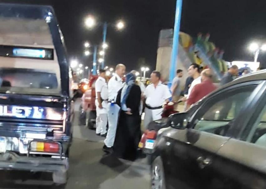 بالصور..حي السويس يقوم بحملة لإزالة الإشغالات والتعديات بشارع الجيش بطريق بورتوفيق