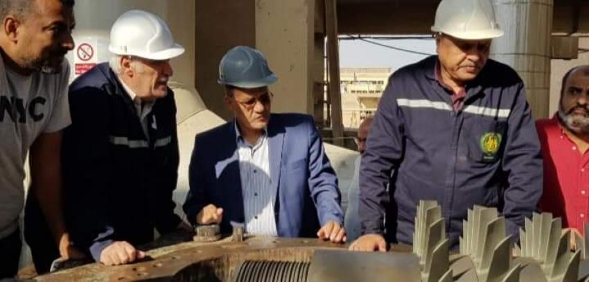 """نائب السويس """"طارق متولي """" يقوم بجولة بشركة النصر للاسمدة لمتابعة اعمال العمرات بوحداتها"""