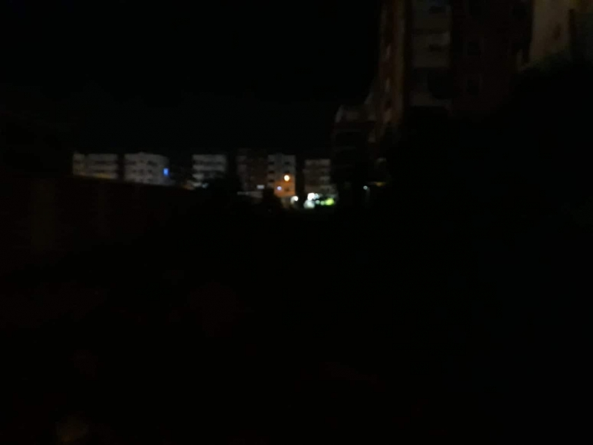 مدينة السلام (٢) أعمدة الانارة غير منارة