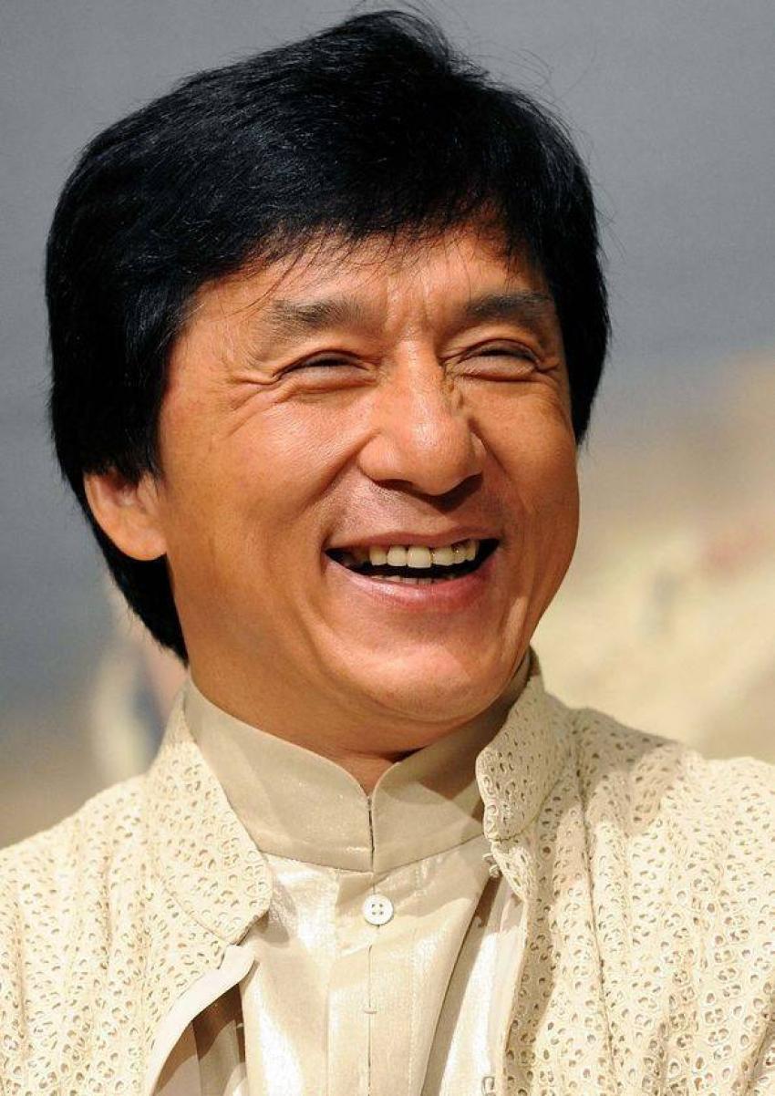 مليون يوان من جاكى شان  لمن يخترع لقاح ضد فيروس كورونا