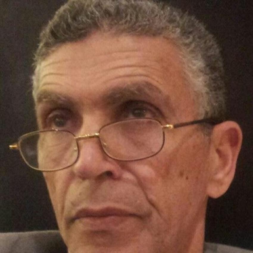 الدكتور رضا صالح يكتب :التجمعات الأدبية فى مدينة السويس