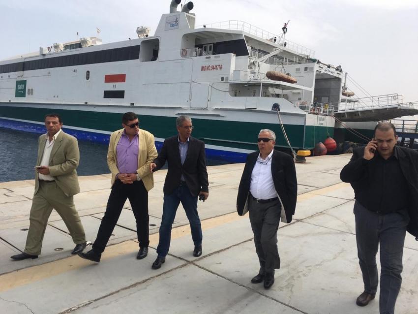 """موانى البحر الاحمر تبحث التعاون المشترك فى مجال صيانة القاطرات البحرية  مع""""VOITH"""" الالمانية"""