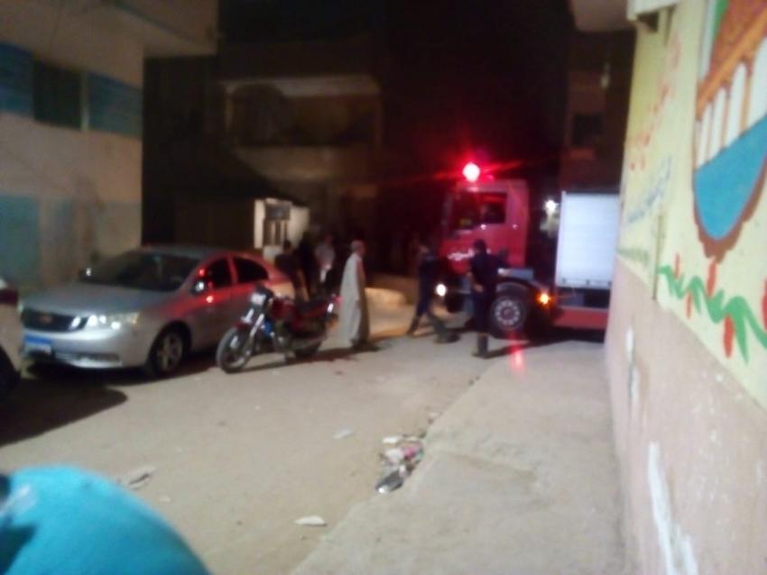 صور..اشتعال محول كهربائي بمدينة عمر بن الخطاب بالسويس