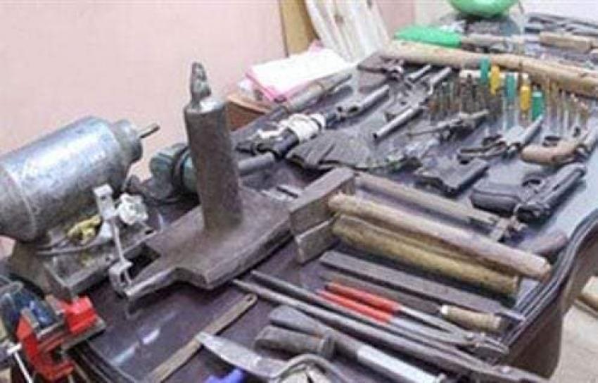 ضبط ورشة لتصنيع الأسلحة النارية بالسويس