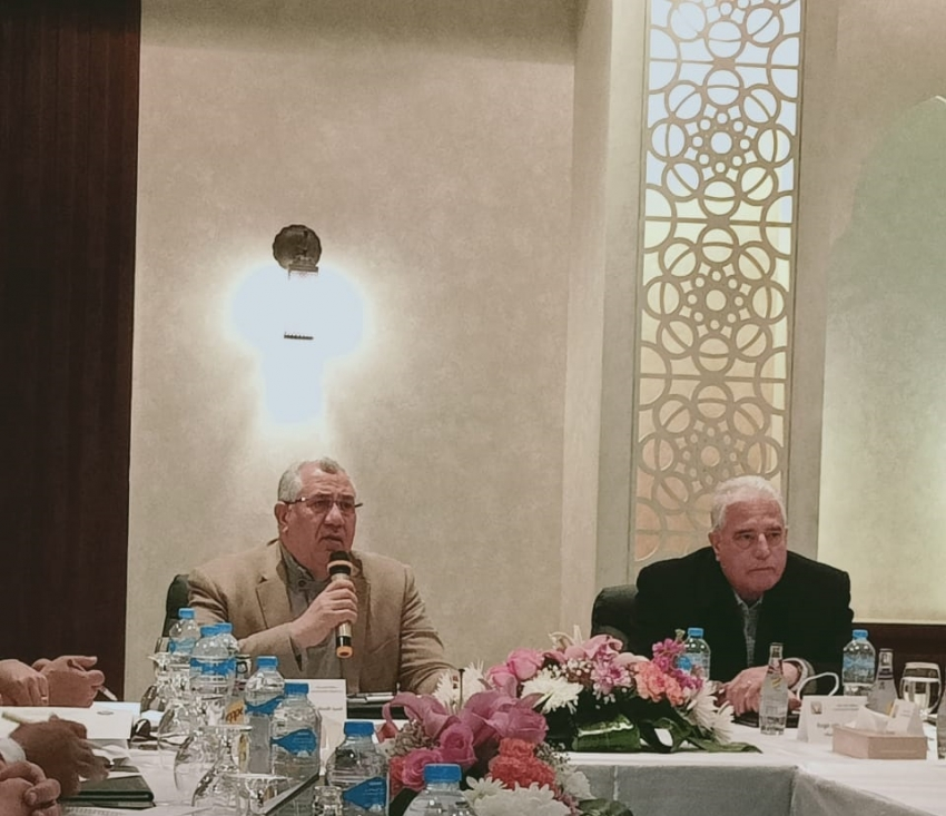 وزير الزراعة يبحث مع محافظ جنوب سيناء آفاق التنمية الزراعية في المحافظة وحل مشاكل المزارعين والمربين