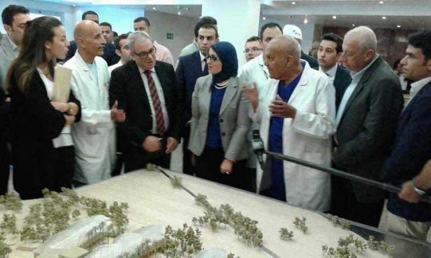 وزيرة الصحة تؤكد تذليل كافة العقبات التي تواجه مؤسسة مجدي يعقوب