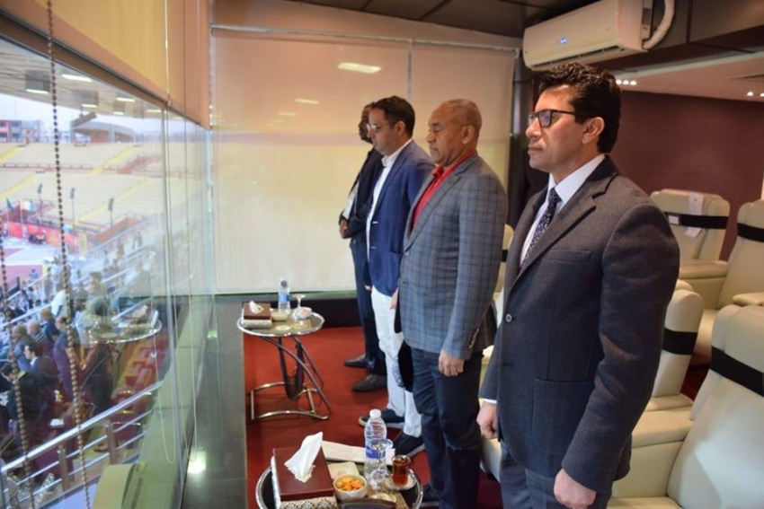 وزير الرياضة يشهد مباراة افتتاح المجموعة الثانية ببطولة امم إفريقيا تحت 23 عاما