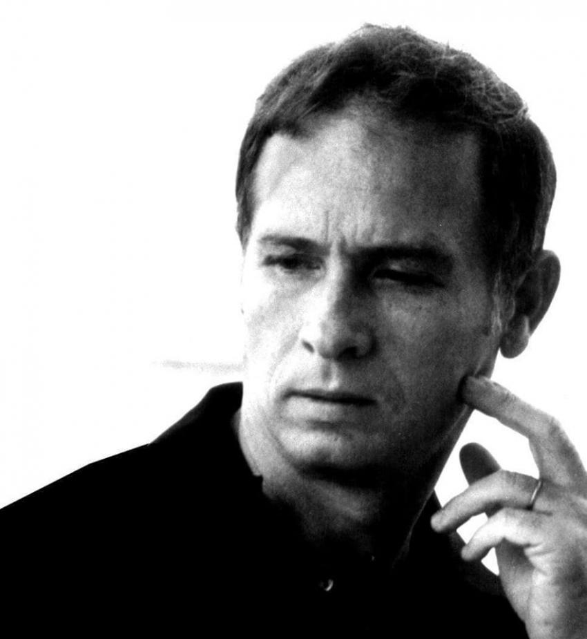 وفاة الفنان محمود رضا وشيرين رضا تكتب على صفحتها: «لن نعلن مكان الدفن بسبب كورونا»