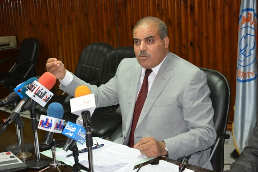 رئيس جامعة الأزهر يفتتح معرضا للكتاب بمناسبة الاحتفال باليوم العالمى للغة العربية اليوم